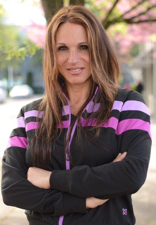Andrea Leonard