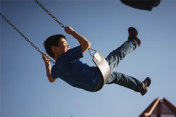 kid-swing