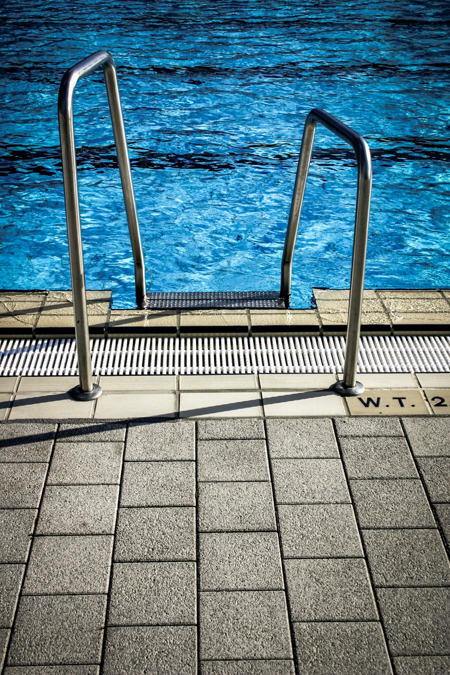 Pool-Ladder