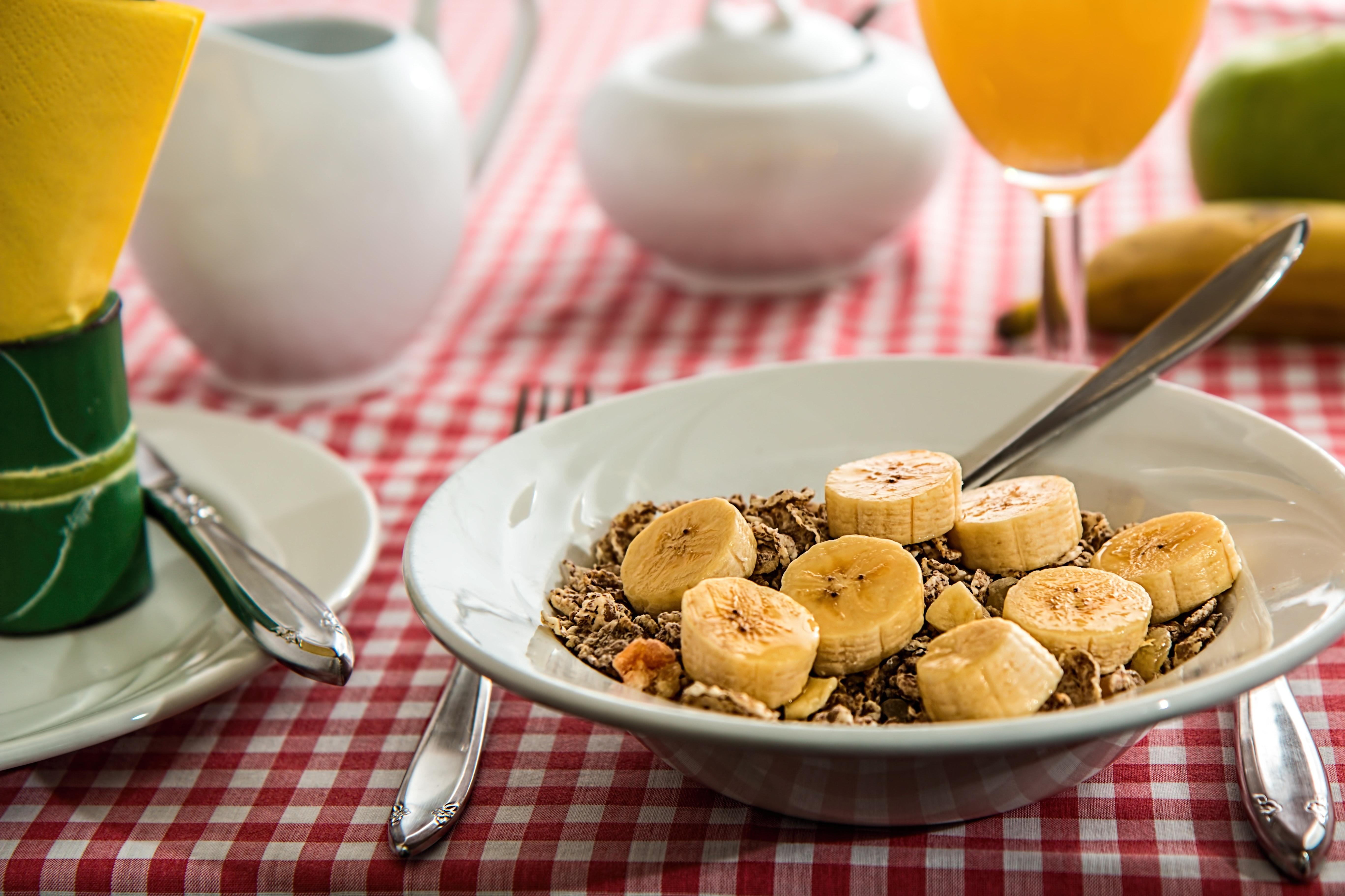 cereal-banana-oj