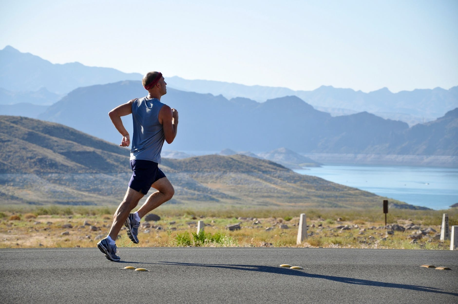ahtlete running